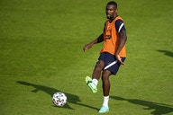 Tottenham se movimenta e define alvo para substituir Harry Kane
