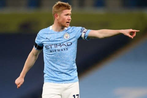 Article image: https://image-service.onefootball.com/resize?fit=max&h=608&image=https%3A%2F%2Fmediacdn.mancity.com%2Fcf%2Fmedia%2Foippdcbo%2Fkevin-de-bruyne-man-city-burnley-premier-league.jpg%3Fwidth%3D560%26height%3D315&q=25&w=1080