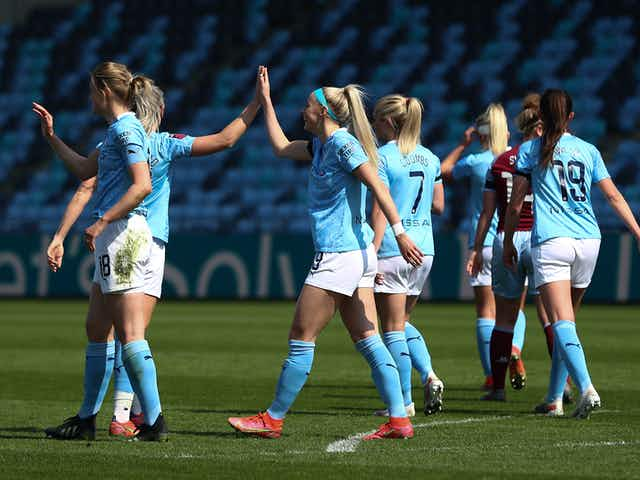 Kelly hits a hat-trick as City net eight!