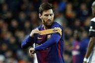 Messi está perto de ultrapassar Romário e Pelé em gols oficiais na carreira; veja os números