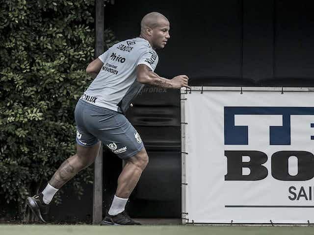 Veja detalhes de como deve ser o novo contrato de Carlos Sánchez com o Santos