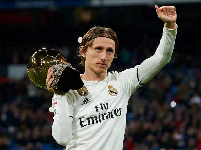 5 estrelas que podem assinar com o FC Porto, de graça, na próxima temporada
