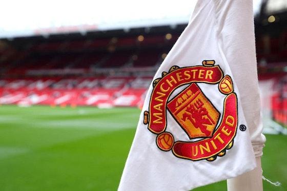 Imagem do artigo: https://image-service.onefootball.com/crop/face?h=810&image=https%3A%2F%2Fmercadodofutebol.com%2Fwp-content%2Fuploads%2F2021%2F04%2FOld-Trafford-Manchester-United-estadio-Catherine-Ivill-Getty-Images-Sport.jpg&q=25&w=1080