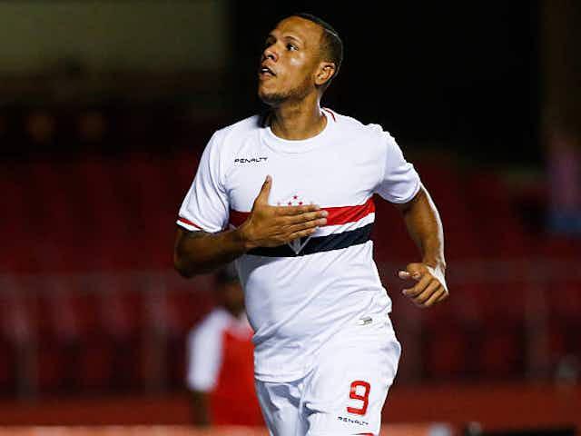 """""""Se quisesse jogar lá, teria jogado"""" diz Luis Fabiano sobre o Corinthians"""