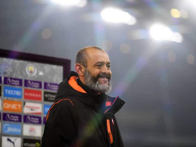 Tottenham identifica Nuno Espírito Santo como um possível sucessor de Mourinho