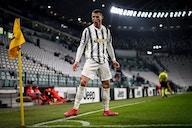 Cristiano é o primeiro jogador na história a atingir 100 gols por três clubes diferentes e seleção
