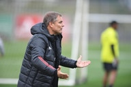 Aguirre reestreia buscando quebrar tabu do Inter contra a Chapecoense