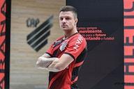 Corinthians analisa a contratação de dois atacantes