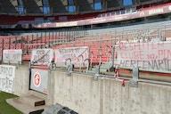 Direção do Inter retira faixas de protesto colocadas por torcida organizada