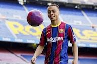 Sergino Dest recusa propostas para deixar o Barcelona