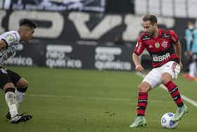 Imagem do artigo: https://image-service.onefootball.com/crop/face?h=810&image=https%3A%2F%2Fmundorubronegro.com%2Fwp-content%2Fuploads%2F2021%2F08%2FFlamengo-Corinthians-1.jpg&q=25&w=1080