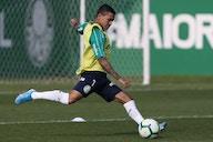 """Palmeiras pode ter que vender dois jogadores para """"pagar"""" volta de Dudu"""