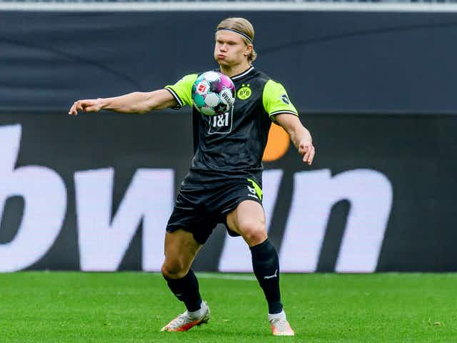 BVB chief issues Erling Haaland transfer warning to Man Utd