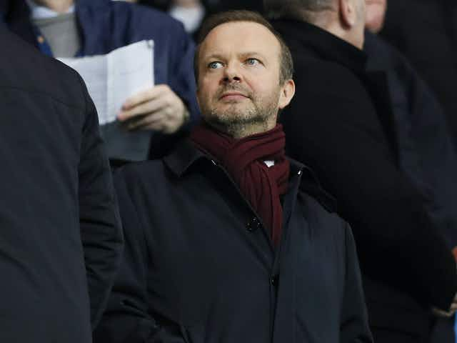 Ed Woodward holds an emergency briefing with  Manchester United players over ESL saga