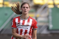 Aniek Nouwen: Who is the Dutch defender heading to Chelsea?