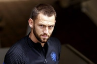 Everton in strong position to make a statement by beating Liverpool to Stefan de Vrij