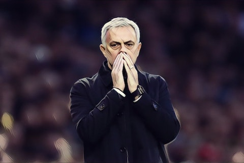 Article image: https://image-service.onefootball.com/crop/face?h=810&image=https%3A%2F%2Fthefootballfaithful.com%2Fwp-content%2Fuploads%2F2019%2F11%2FMourinho-Spurs.jpg&q=25&w=1080