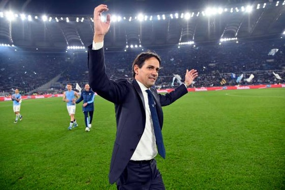 Article image: https://image-service.onefootball.com/crop/face?h=810&image=https%3A%2F%2Ftothelaneandback.com%2Fwp-content%2Fuploads%2F2021%2F05%2FSimone-Inzaghi.jpg&q=25&w=1080