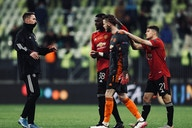 Man United first-team star unsure of Old Trafford future and seeks talks with Solskjaer