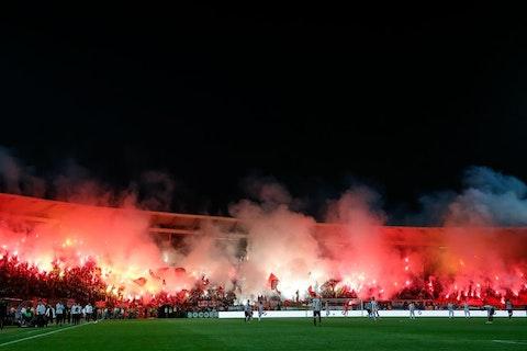 Article image: https://image-service.onefootball.com/resize?fit=max&h=662&image=https%3A%2F%2Fwp-images.onefootball.com%2Fwp-content%2Fuploads%2Fsites%2F10%2F2019%2F11%2FFK-Crvena-Zvezda-v-FK-Partizan-Serbian-Super-League-1573905770.jpg&q=25&w=1080