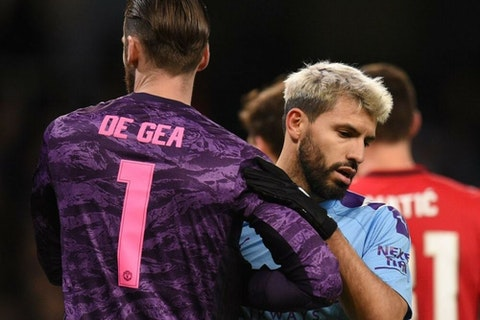 🎥 Huge David de Gea blunder leaves Sergio Agüero fuming 😤 - OneFootball