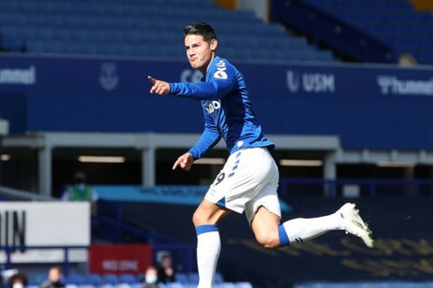 James First Goal For Everton Is An Absolute Peach Onefootball