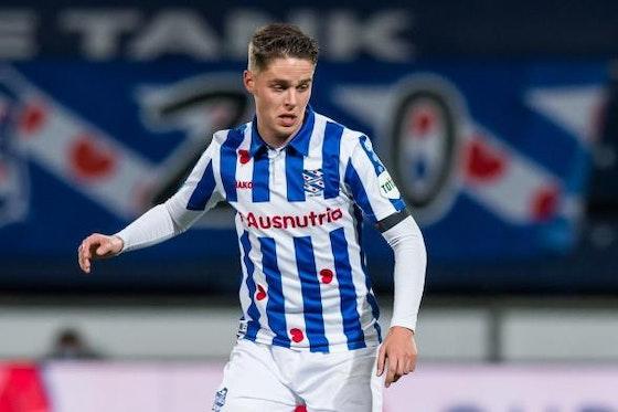 Heerenveen midfielder Joey Veerman has not heard of Ajax interest |  OneFootball