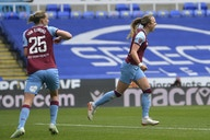 WSL: Dominant first half against Reading sends West Ham to safety