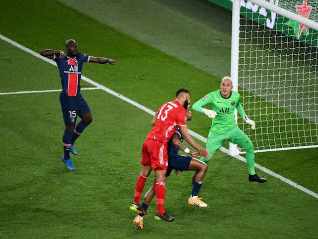 🏆 Holders Bayern KNOCKED OUT by PSG; Chelsea through despite loss