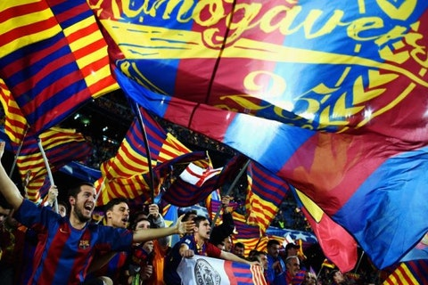 Artikelbild: https://image-service.onefootball.com/resize?fit=max&h=608&image=https%3A%2F%2Fwp-images.onefootball.com%2Fwp-content%2Fuploads%2Fsites%2F11%2F2018%2F05%2FFC-Barcelona-v-Paris-Saint-Germain-UEFA-Champions-League-Round-of-16-Second-Leg-1527094374-768x432.jpg&q=25&w=1080