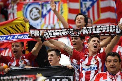 Artikelbild: https://image-service.onefootball.com/resize?fit=max&h=608&image=https%3A%2F%2Fwp-images.onefootball.com%2Fwp-content%2Fuploads%2Fsites%2F11%2F2018%2F05%2FOlympique-de-Marseille-v-Club-Atletico-de-Madrid-UEFA-Europa-League-Final-1527094663-768x432.jpg&q=25&w=1080