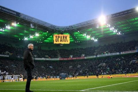 Artikelbild: https://image-service.onefootball.com/crop/face?h=810&image=https%3A%2F%2Fwp-images.onefootball.com%2Fwp-content%2Fuploads%2Fsites%2F11%2F2020%2F03%2FBorussia-Moenchengladbach-v-Borussia-Dortmund-Bundesliga-1583835532-1000x750.jpg&q=25&w=1080