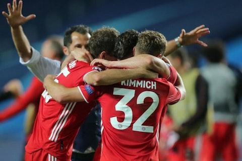 Artikelbild: https://image-service.onefootball.com/crop/face?h=810&image=https%3A%2F%2Fwp-images.onefootball.com%2Fwp-content%2Fuploads%2Fsites%2F11%2F2020%2F08%2FParis-Saint-Germain-v-Bayern-Munich-UEFA-Champions-League-Final-1598217517-1000x750.jpg&q=25&w=1080