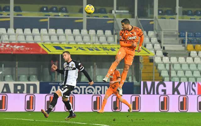 📝 La Juve, implacable, golea al Parma y CR7 anota un nuevo doblete