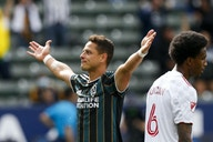 Estallan contra Chicharito en la MLS