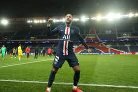 Imagem do artigo: https://image-service.onefootball.com/crop/face?h=810&image=https%3A%2F%2Fwp-images.onefootball.com%2Fwp-content%2Fuploads%2Fsites%2F13%2F2020%2F10%2FParis-Saint-Germain-v-Borussia-Dortmund-UEFA-Champions-League-Round-of-16-Second-Leg-1603977715-1000x750.jpg&q=25&w=1080