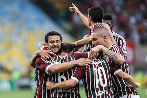 Imagem do artigo: https://image-service.onefootball.com/resize?fit=max&h=721&image=https%3A%2F%2Fwp-images.onefootball.com%2Fwp-content%2Fuploads%2Fsites%2F13%2F2021%2F02%2FFluminense-v-Atletico-PR-Brasileirao-Series-A-2014-1614315297.jpg&q=25&w=1080