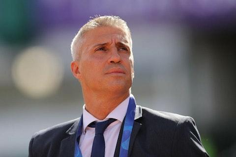 Imagem do artigo: https://image-service.onefootball.com/crop/face?h=810&image=https%3A%2F%2Fwp-images.onefootball.com%2Fwp-content%2Fuploads%2Fsites%2F13%2F2021%2F02%2FLanus-v-Defensa-y-Justicia-Copa-CONMEBOL-Sudamericana-2020-Final-1612623623-1000x667.jpg&q=25&w=1080