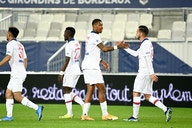 📹 PSG supera desfalques, vence o Bordeaux e segue vice-líder