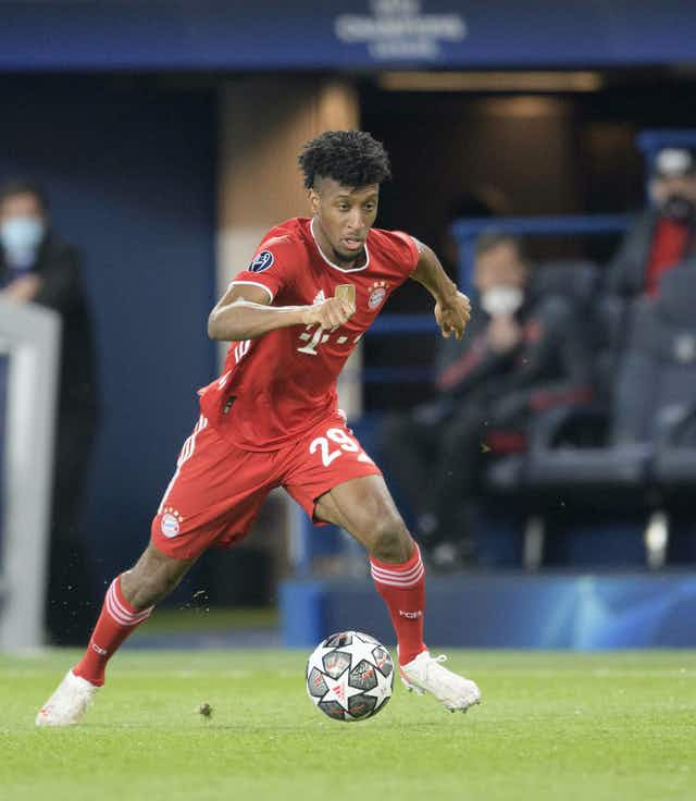 📋 Bayern x Bayer: Hansi Flick muda ataque em jogo decisivo