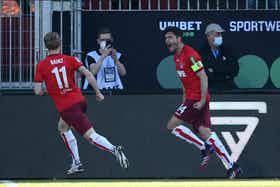 Imagem do artigo: https://image-service.onefootball.com/resize?fit=max&h=737&image=https%3A%2F%2Fwp-images.onefootball.com%2Fwp-content%2Fuploads%2Fsites%2F13%2F2021%2F05%2Fimago1002906003h.jpg&q=25&w=1080
