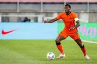 PSG anuncia a contratação de Wijnaldum