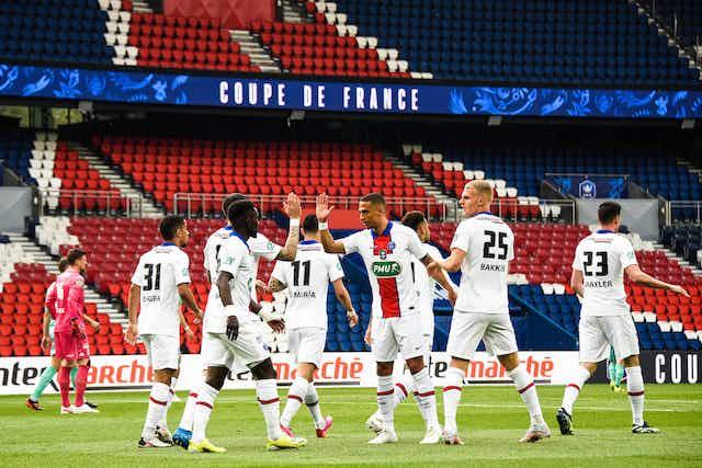 🚨 Le PSG s'amuse d'Angers et file en demies