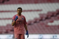 West Ham suit Marchesin