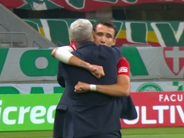 São Paulo vence Palmeiras e vai embalado para estreia na Libertadores