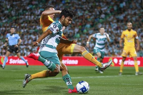 Imagen del artículo: https://image-service.onefootball.com/crop/face?h=810&image=https%3A%2F%2Fwww.futbolete.com%2Fwp-content%2Fuploads%2F2021%2F01%2FSantos-Laguna-vs-Tigres.jpg&q=25&w=1080