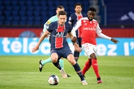 Official | Julian Draxler tied to PSG until 2024