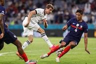 Crunch week begins for Raphaël Varane – Manchester United potential deal
