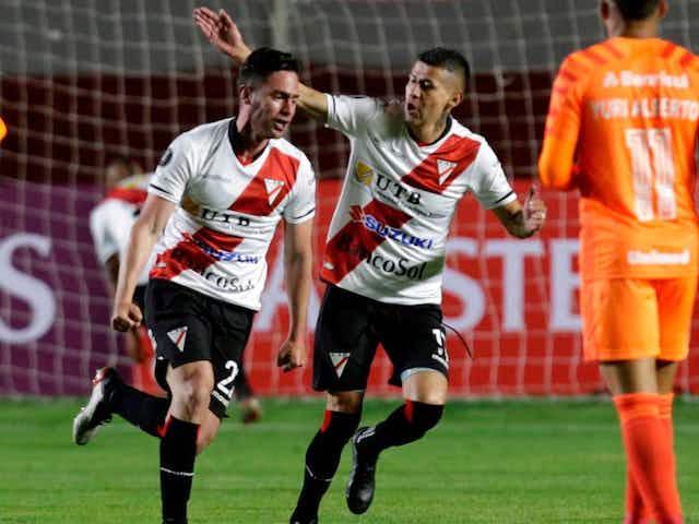 Inter de Porto Alegre con Carlos Palacios un tiempo, fue sorprendido por Always Ready