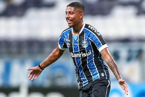 Por atuação contra o Ceará, Jean Pyerre entra na seleção da 21ª rodada do  Brasileirão - OneFootball